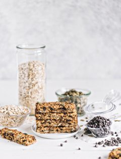 Pumpkin Chai Chocolate Chip Granola Bars Photo and Recipe
