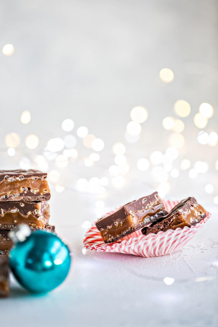 These Milk Chocolate Caramel Crunch Bars are like Homemade 100 Grand Bars, but even better!