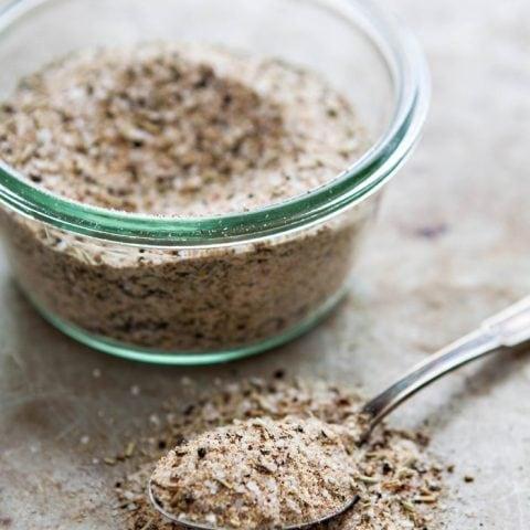 Homemade Garlic Herb Salt