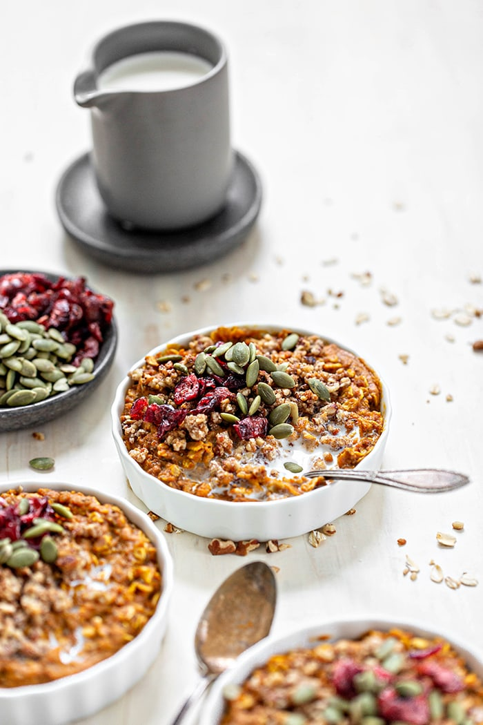 ramekins with pumpkin oatmeal