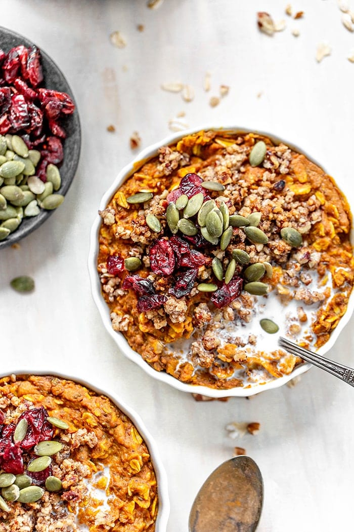 This pumpkin pie oatmeal is a great make ahead baked oatmeal to make all fall and winter. It has all the delicious flavors of your favorite pumpkin pie while still providing great nutritional value to start your morning off right.