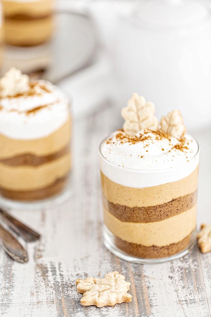 layered pumpkin cheesecake in jars